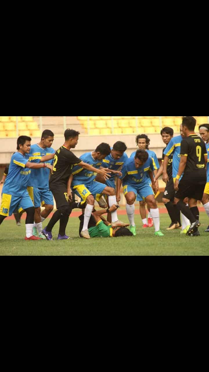 Indonesia Ternodai Pesepak Bola Katro! Wasit Jadi Korban