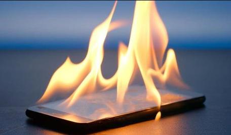 Cara Mengatasi HP Cepat Panas,Pengguna Android Wajib tahu